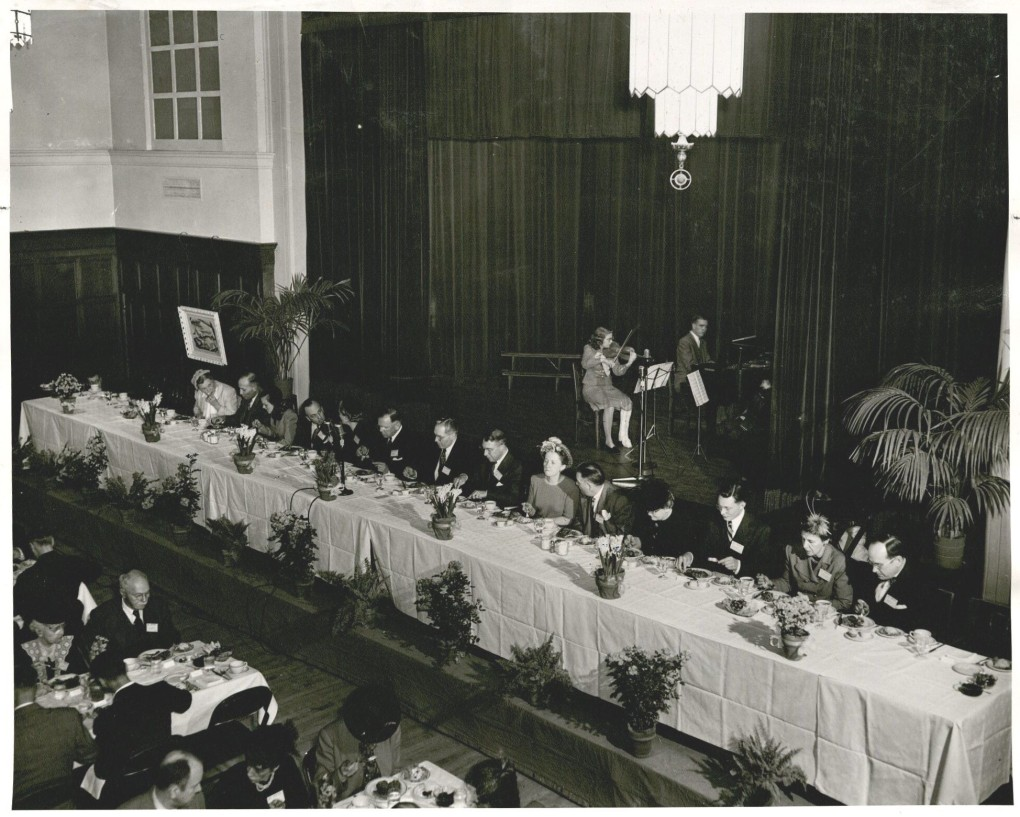 The University celebrates its 90th anniversary in 1948