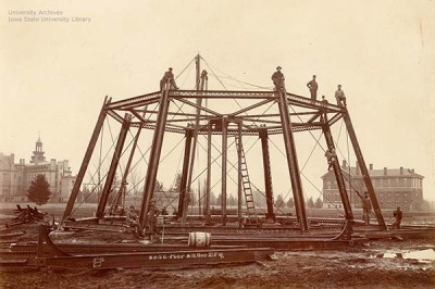 First stage of construction completed, March 18, 1897. Old Main is on the left, the Chemical and Physical Laboratory is on the right.