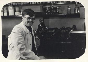 Margaret Sloss working as a Technician in Veterinary Pathology at Iowa State University, 1927. RS 14/7/51, Box 4, Folder 9.