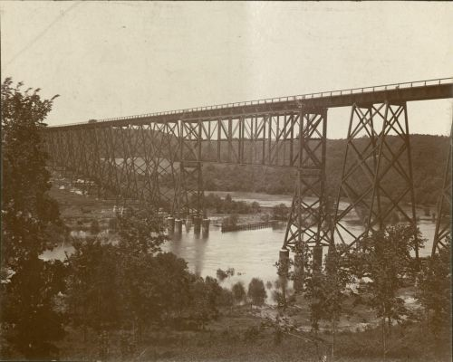 Kate Shelley High Bridge, built 1900-1901. University Photograph Collection, RS 4/8/L, Box 380.
