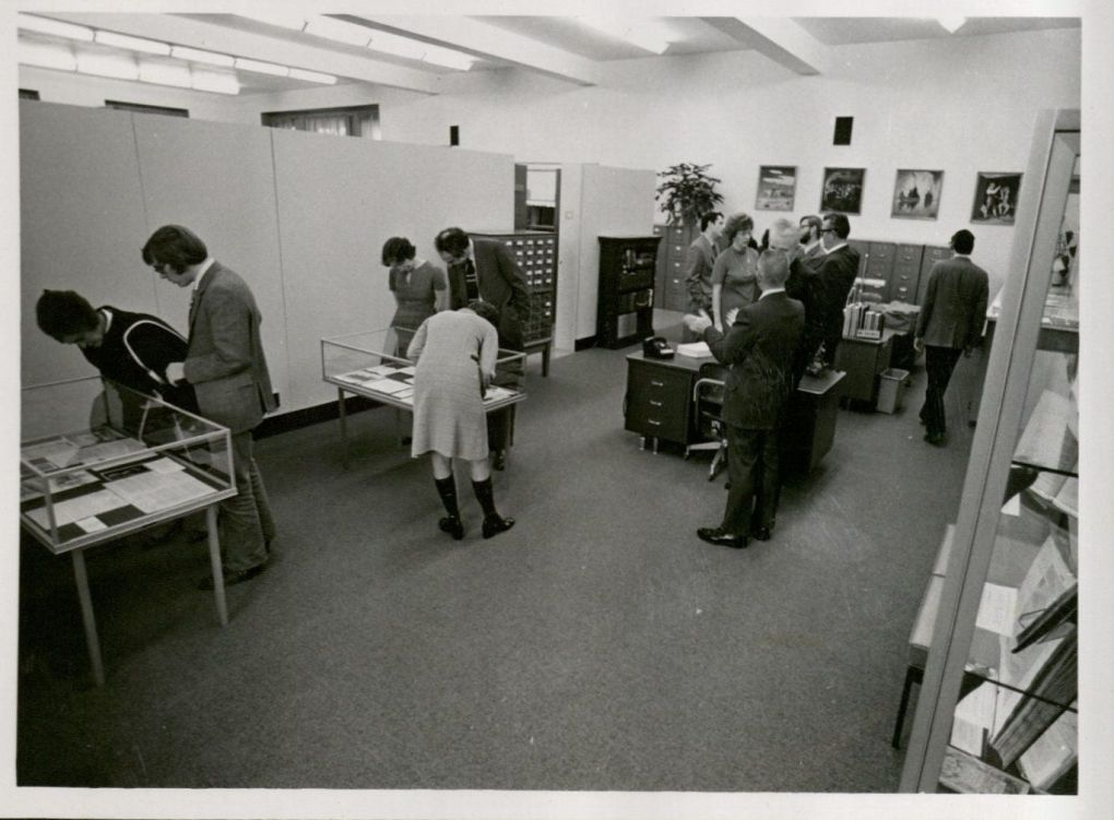 Special Collections Open House, October 31, 1971. University Archives Photograph Collection box 2053.