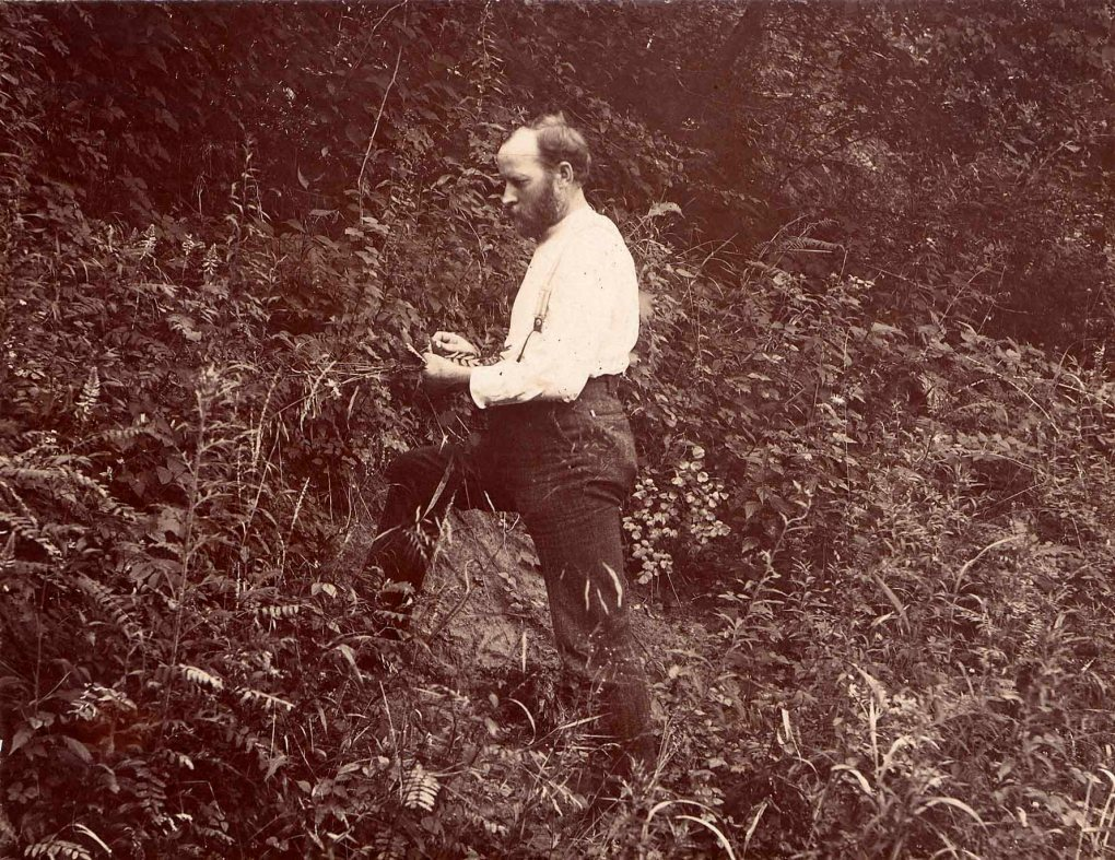 Louis Pammel in the field, 1903 (University Photographs)