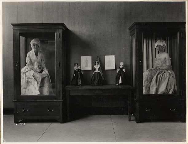 Ladies in cabinets-1926