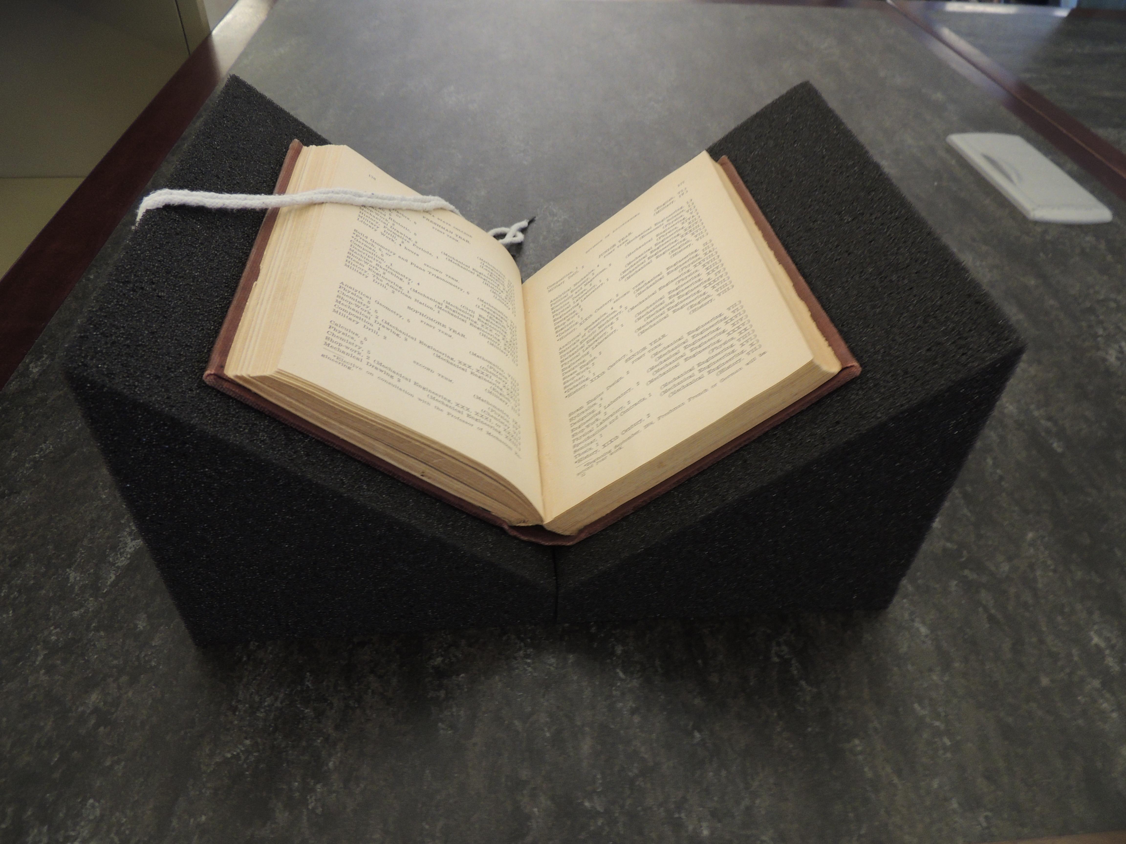 BookCradle3