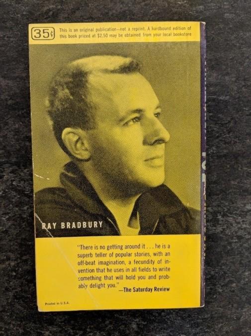 Back cover of Fahrenheit 451 by Ray Bradbury.