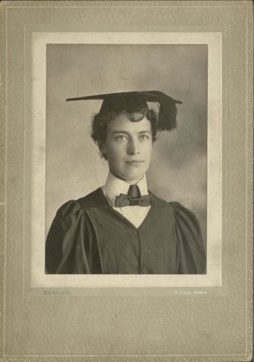 Mary E. Barger (University Photographs, box 1539.1).