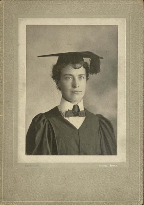 Mary E. Barger (University Photographs, box 1539.1).