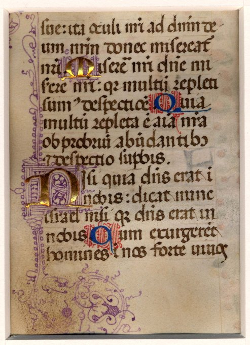Page of Gothic script in 13 lines. Four illuminated initials. Two are in burnished gold leaf with intricate violet penwork and two are deep blue with red penwork. These alternate down the page.